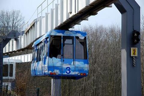 H-Bahn - Monorotaia sospesa (Germania)